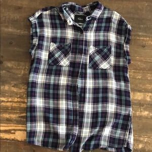 Women's short sleeve plaid flannel